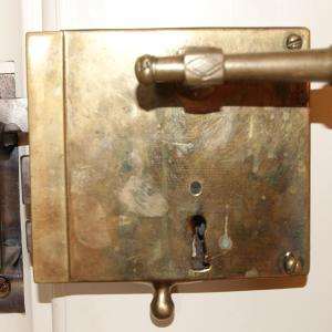 Türbeschläge Antik antike türbeschläge kastenschlösser aus messing bau antik